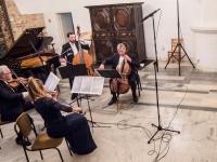Kai kvartetas išauga į sekstetą, arba muzika romantikams