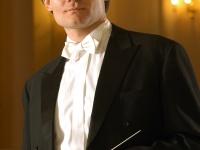 ROBERTAS ŠERVENIKAS – dirigentas