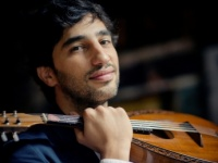 Grammy Nominated Mandolinist Avi Avital Comes to Vilnius