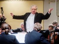 Lioras Shambadalas ir LKO imasi pristatyti niekada neskambėjusią Mozarto muziką