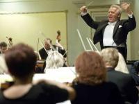 Mozartas ir Šostakovičius LKO koncertui subūrė ryškų tarptautinį dirigento ir solistų trio