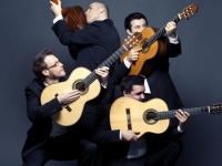 """Dešimtmetį švenčiančiam Baltijos gitarų kvartetui – """"Grammy"""" laureatų liaupsės"""